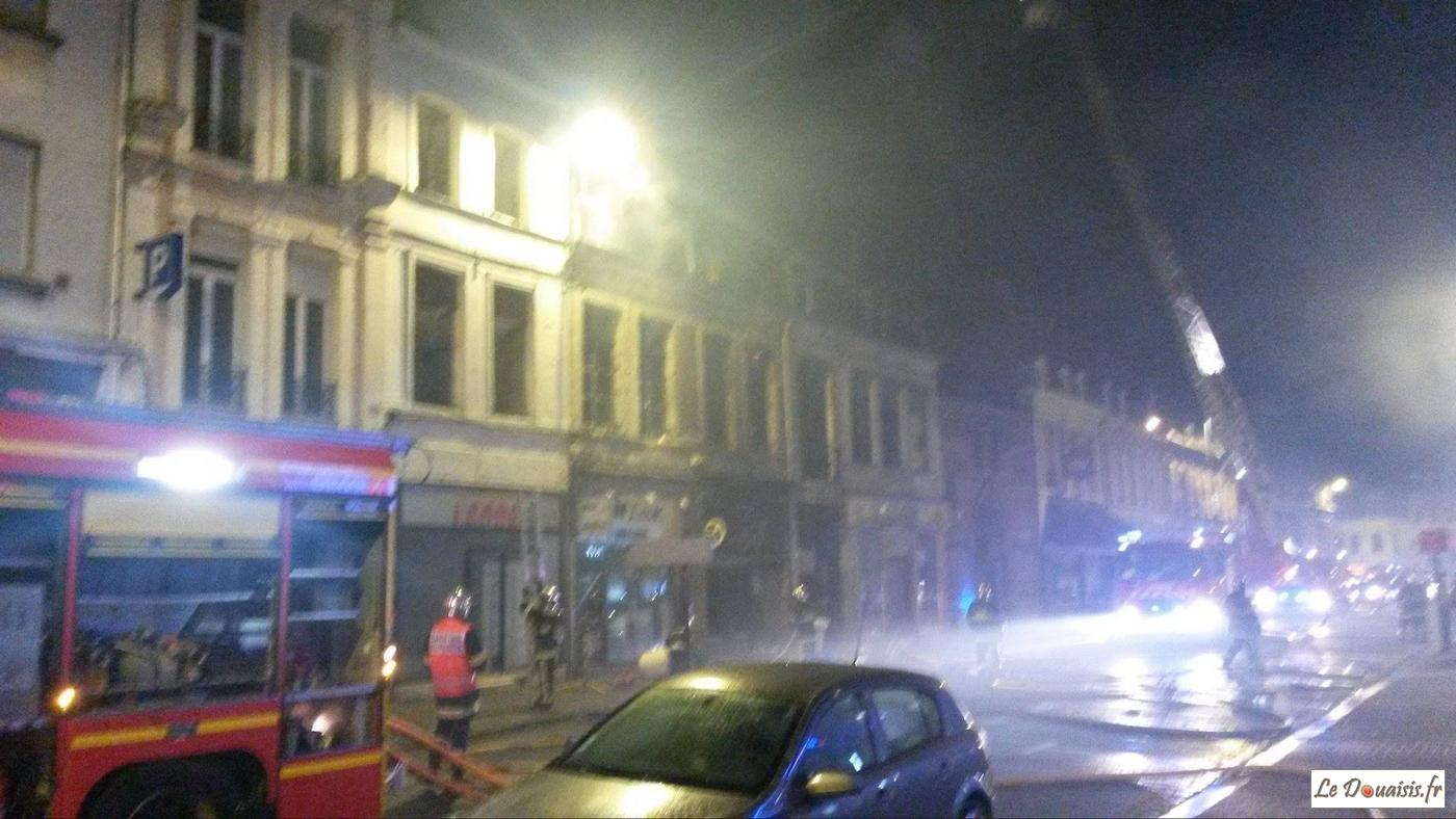 douai explosion et incendie d 39 un magasin rue de paris. Black Bedroom Furniture Sets. Home Design Ideas